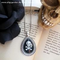 Kette Skull TROPFEN BUCH