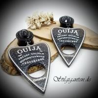 Plugs Ouija