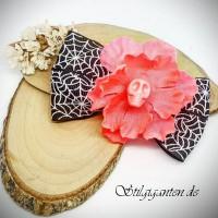 Schleife Spinnennetz Blume Rosa